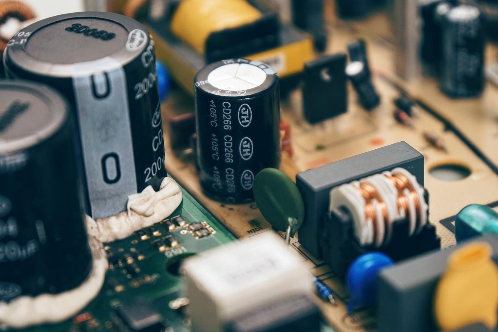circuit-1443251_1920_32